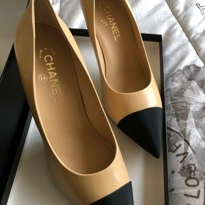 Excellent Condition Chanel Heels (C9075)